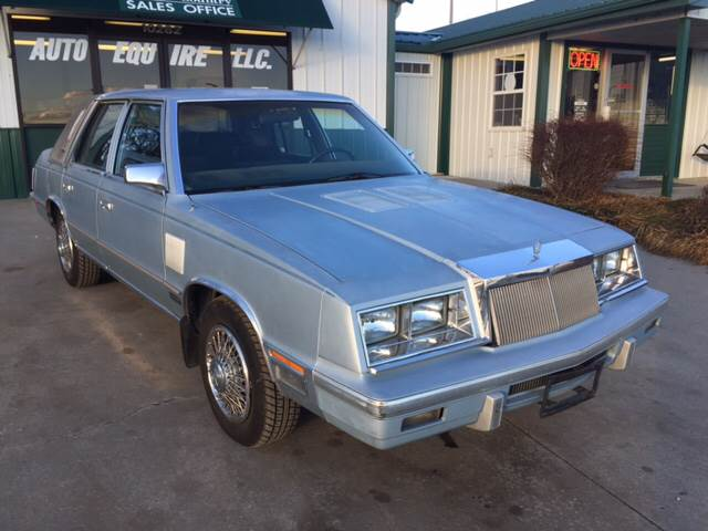 1985 Chrysler New Yorker for sale at TOWN & COUNTRY MOTORS INC in Meriden KS