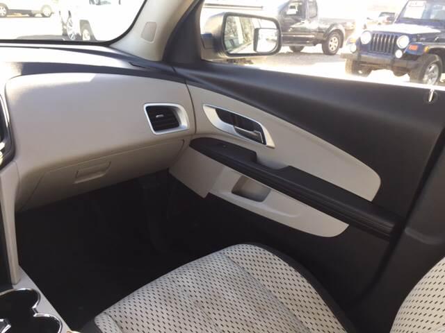 2010 Chevrolet Equinox for sale at TOWN & COUNTRY MOTORS INC in Meriden KS