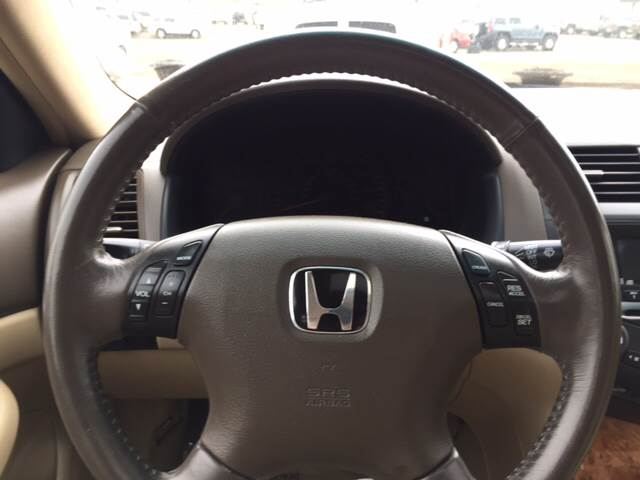 2004 Honda Accord for sale at TOWN & COUNTRY MOTORS INC in Meriden KS