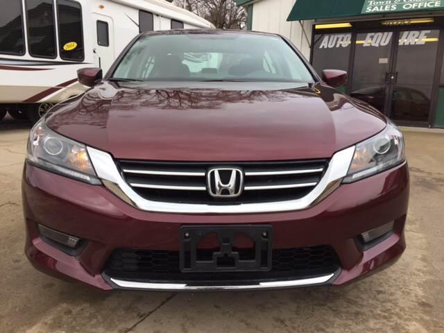2014 Honda Accord for sale at TOWN & COUNTRY MOTORS INC in Meriden KS