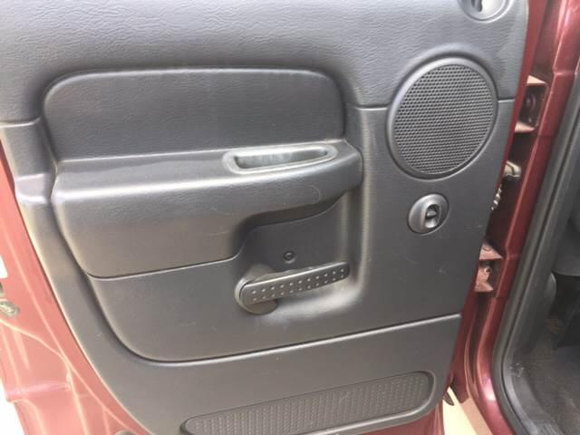 2003 Dodge Ram Pickup 1500 for sale at TOWN & COUNTRY MOTORS INC in Meriden KS