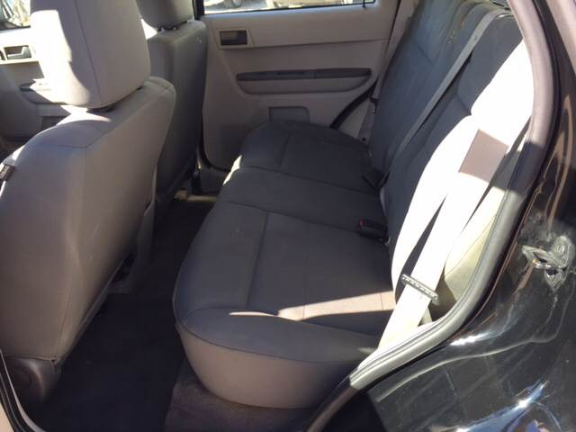 2009 Ford Escape for sale at TOWN & COUNTRY MOTORS INC in Meriden KS