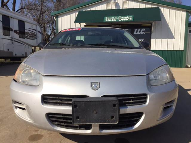 2003 Dodge Stratus for sale at TOWN & COUNTRY MOTORS INC in Meriden KS