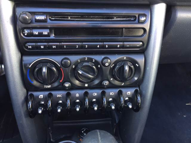 2006 MINI Cooper for sale at TOWN & COUNTRY MOTORS INC in Meriden KS