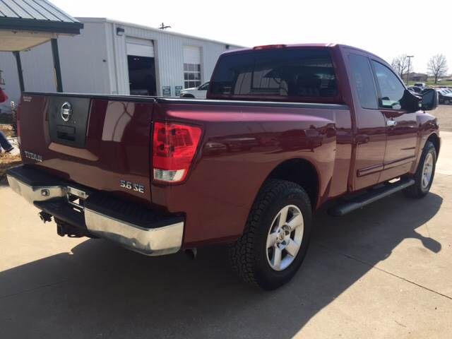 2004 Nissan Titan for sale at TOWN & COUNTRY MOTORS INC in Meriden KS
