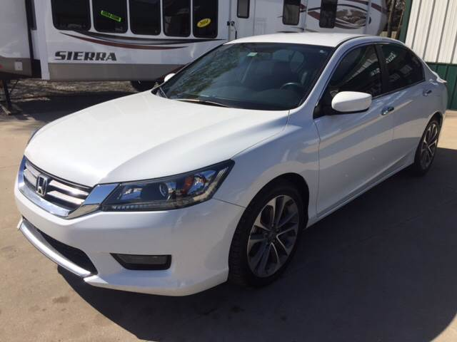 2014 Honda Accord for sale at TOWN & COUNTRY MOTORS INC in Meriden KS