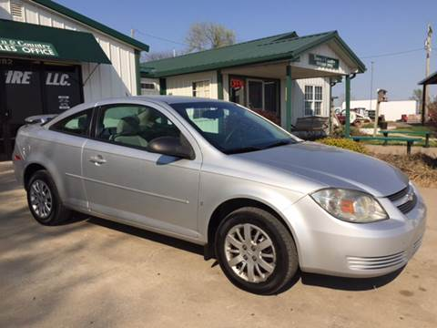 2009 Chevrolet Cobalt for sale at TOWN & COUNTRY MOTORS INC in Meriden KS