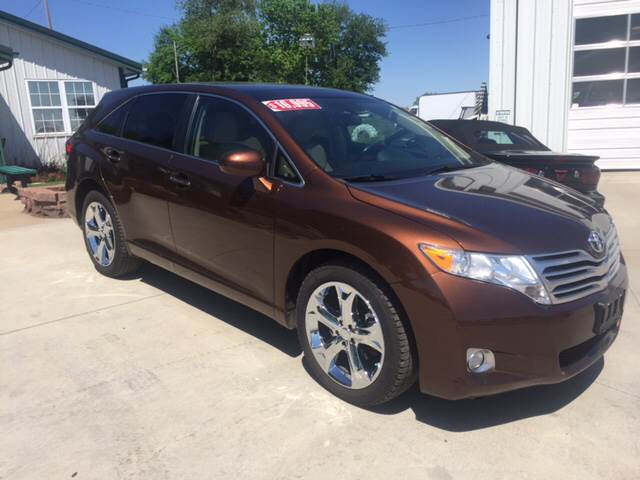 2010 Toyota Venza for sale at TOWN & COUNTRY MOTORS INC in Meriden KS