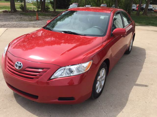 2009 Toyota Camry for sale at TOWN & COUNTRY MOTORS INC in Meriden KS