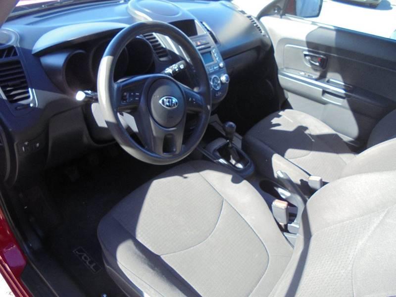 2013 Kia Soul 4dr Wagon 6A - Hanford CA
