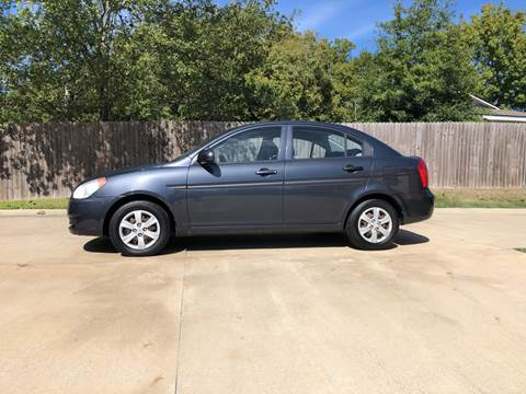2010 Hyundai Accent for sale at H3 Auto Group in Huntsville TX