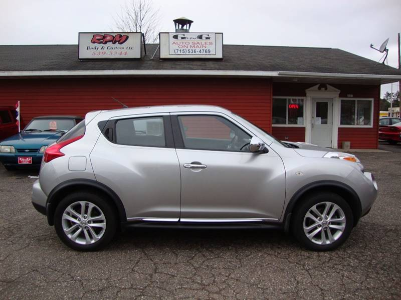 2011 Nissan JUKE for sale at G and G AUTO SALES in Merrill WI