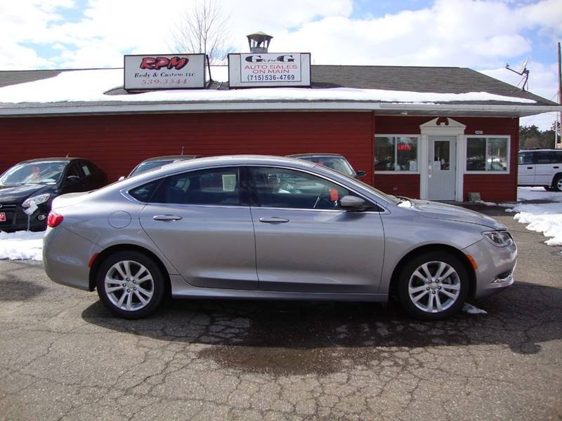 2015 Chrysler 200 for sale at G and G AUTO SALES in Merrill WI