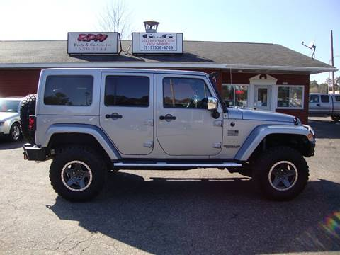 2013 Jeep Wrangler Unlimited for sale at G and G AUTO SALES in Merrill WI