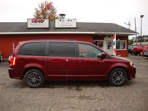 2017 Dodge Grand Caravan for sale at G and G AUTO SALES in Merrill WI