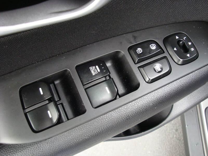 2016 Kia Soul 4dr Wagon 6A - Burlington WA