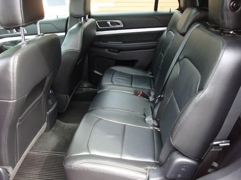 2016 Ford Explorer XLT AWD 4dr SUV - Burlington WA