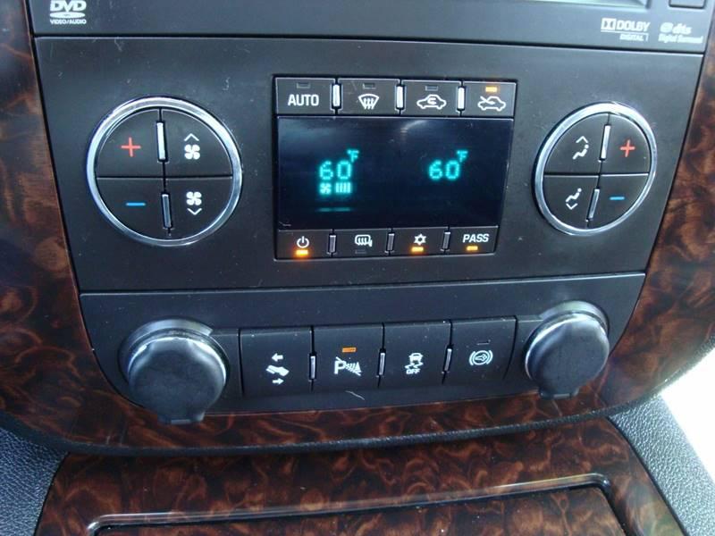 2012 GMC Sierra 2500HD 4x4 Denali 4dr Crew Cab SB - Burlington WA