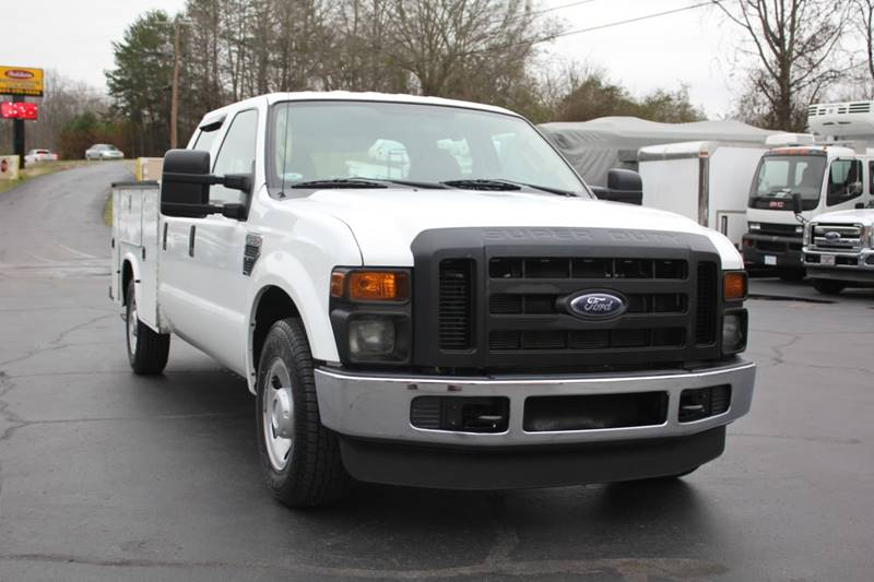 2009 Ford F-250 Super Duty (image 1)