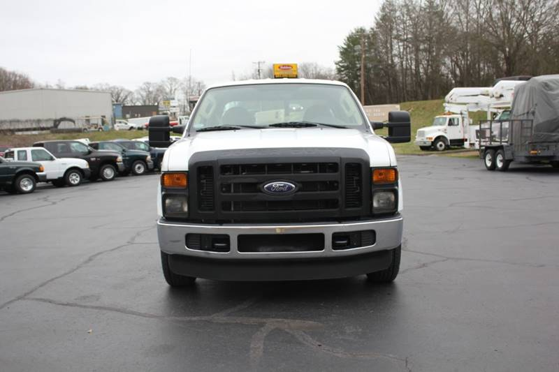 2009 Ford F-250 Super Duty (image 2)