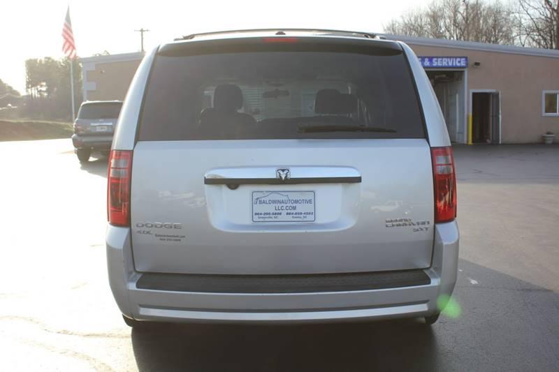 2010 Dodge Grand Caravan SXT (image 5)