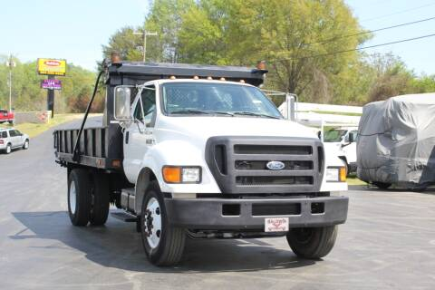 2005 Ford F-750 Super Duty for sale at Baldwin Automotive LLC in Greenville SC