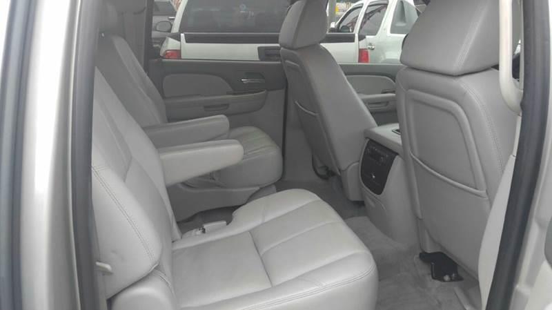 2008 Chevrolet Suburban LTZ 1500 4x2 4dr SUV - Houston TX
