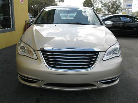 2014 Chrysler 200 for sale at PARK AUTOPLAZA in Pinellas Park FL