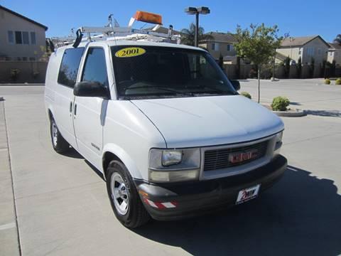 2001 GMC Safari Cargo for sale in Oakdale, CA