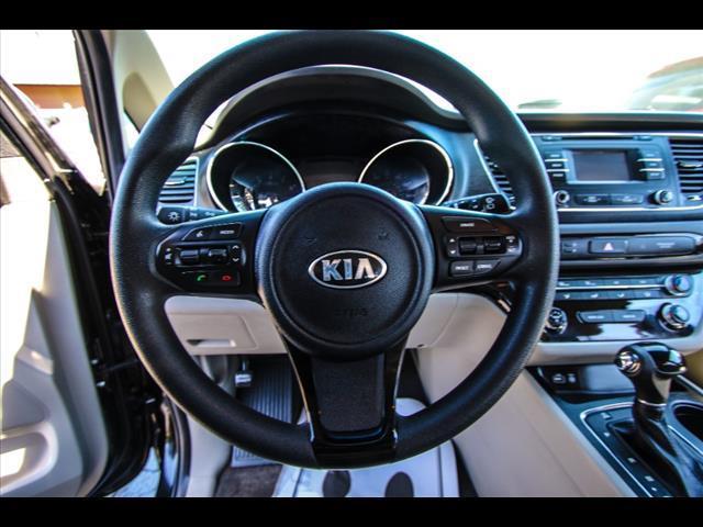 2016 Kia Sedona for sale at HUFF AUTO GROUP in Jackson MI