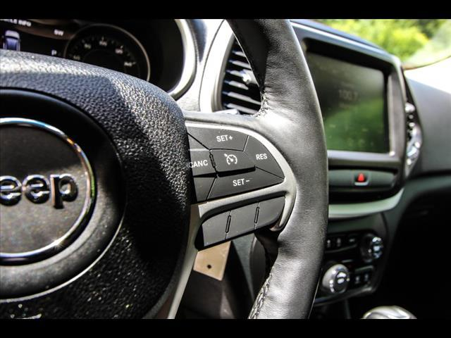 2016 Jeep Cherokee for sale at HUFF AUTO GROUP in Jackson MI