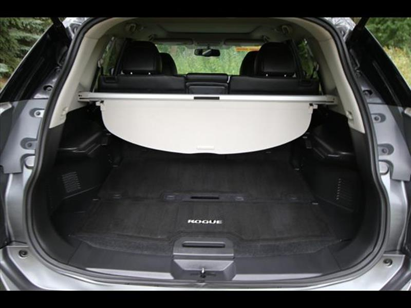 2015 Nissan Rogue for sale at HUFF AUTO GROUP in Jackson MI