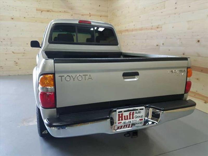2002 Toyota Tacoma for sale at HUFF AUTO GROUP in Jackson MI