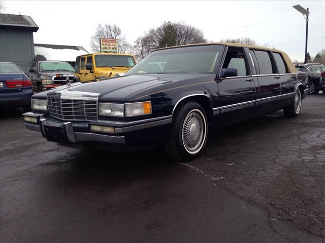 1992 Cadillac DeVille for sale at HUFF AUTO GROUP in Jackson MI