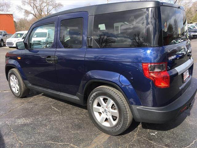 2010 Honda Element for sale at HUFF AUTO GROUP in Jackson MI