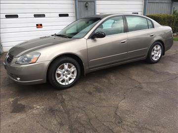 2006 Nissan Altima for sale at HUFF AUTO GROUP in Jackson MI