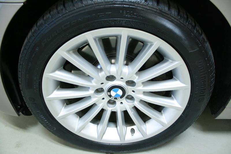 2011 BMW 5 Series AWD 535i xDrive 4dr Sedan - Holland MI
