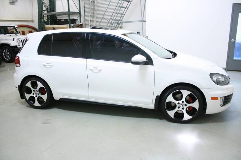 2011 Volkswagen GTI 4dr Hatchback 6A w/ Sunroof - Holland MI