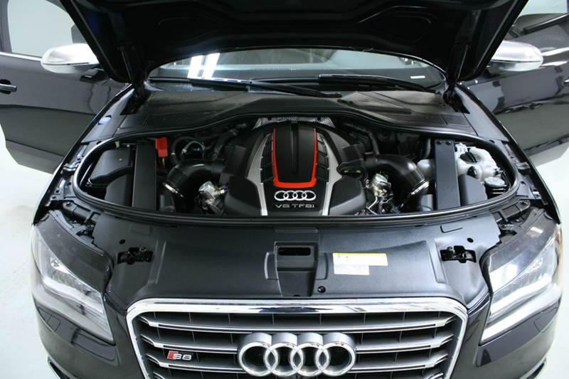 2014 Audi S8 4.0T quattro AWD 4dr Sedan - Holland MI