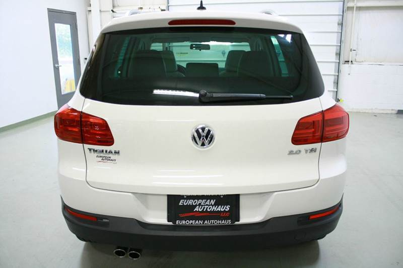 2012 Volkswagen Tiguan SE 4dr SUV w/ Sunroof and Navigation - Holland MI