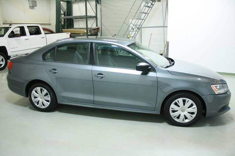2012 Volkswagen Jetta S 4dr Sedan 5M - Holland MI