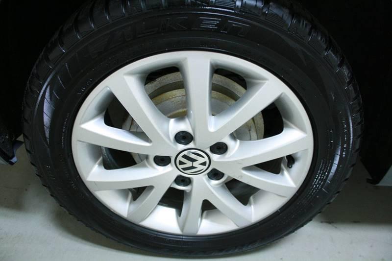 2011 Volkswagen Jetta SE 4dr Sedan 6A w/ Conv. and Sunroof - Holland MI