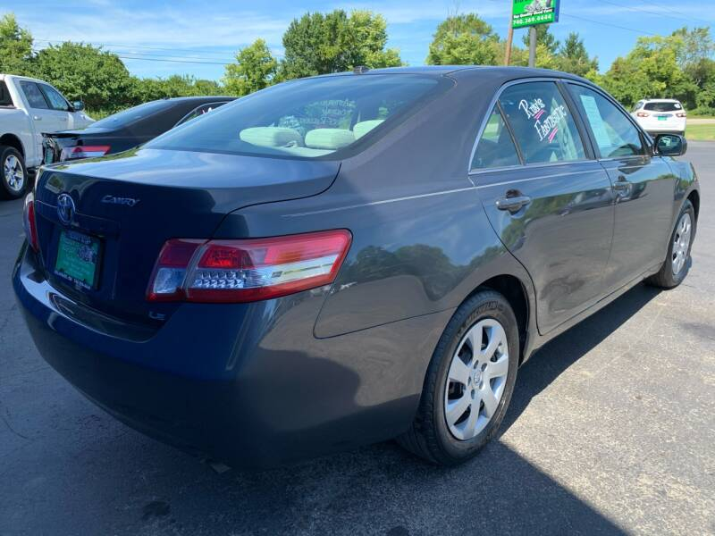 2010 Toyota Camry LE 4dr Sedan 6A - Delaware OH