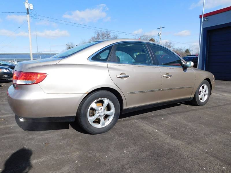 2006 Hyundai Azera for sale at Best N Value Auto Sales in Akron OH