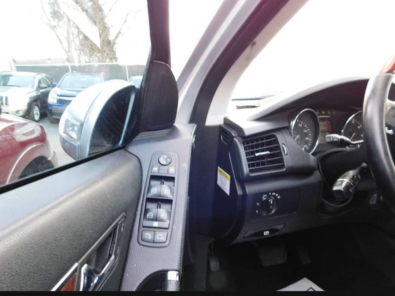 2006 Mercedes-Benz R-Class for sale at Best N Value Auto Sales in Akron OH