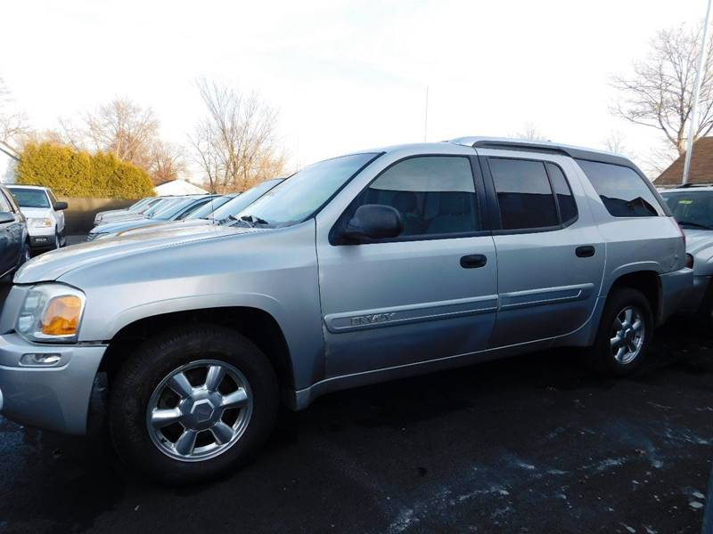 2004 GMC Envoy XUV for sale at Best N Value Auto Sales in Akron OH