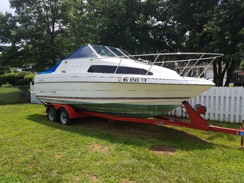 1994 Bayliner 2252 Cruiser  for sale at Rockland Auto Sales in Philadelphia PA