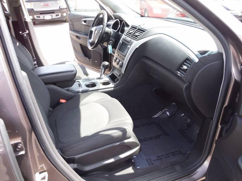 2009 Chevrolet Traverse LT 4dr SUV w/1LT - Saint Bonifacius MN