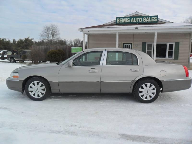 2004 Lincoln Town Car Ultimate 4dr Sedan In Crivitz Wi Bemis Auto