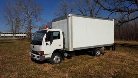 2002 UD Trucks 1200 box/straight truck